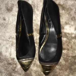 Black and Gold Jessica Simpson Flats